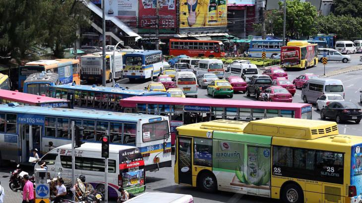 เลือกเดินทางด้วยระบบขนส่งสาธารณะ ลดพลังงาน รักษ์โลก