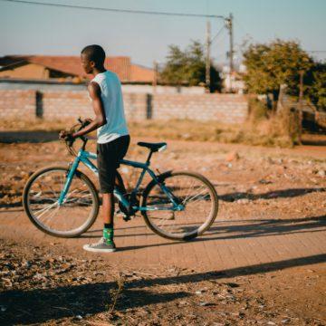 การแพร่ระบาดของ COVID-19 กับการลดมลพิษ ฟื้นฟูเมืองด้วยเดินและจักรยาน