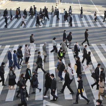 ยิ่งคนญี่ปุ่นเดินเยอะมากขึ้นเท่าไหร่ ค่าใช้จ่ายในการรักษาพยาบาลก็ยิ่งลดลงมากขึ้นเท่านั้น